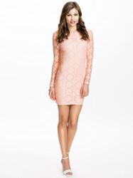 Open back long sleeve lace women dress pink