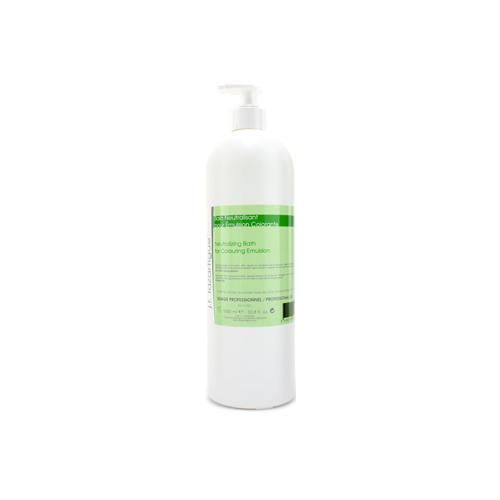 Neutralizing Bath For Colouring Emulsion (Salon Size)  1000ml/33.8oz