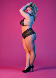 Sexy Time Triangle Bra and Cheeky Short Set - Black -L/xl