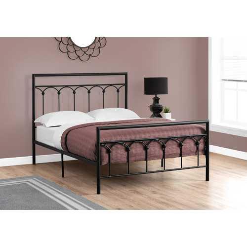 """47.75"""" Black Metal Frame Full Size Bed"""