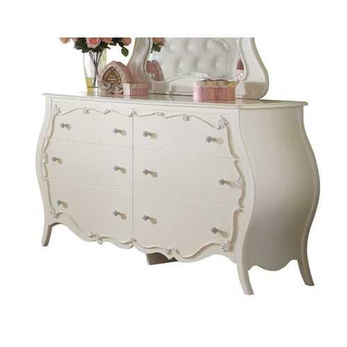 Dresser, Pearl White
