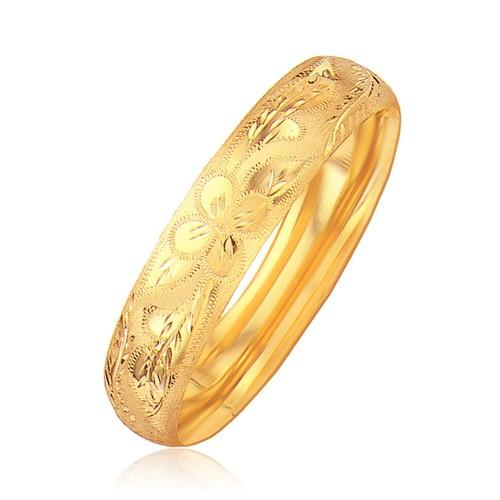 Classic Floral Carved Bangle in 14k Yellow Gold (13.5mm), size 7''