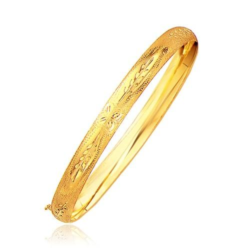 Classic Floral Carved Bangle in 14k Yellow Gold (6.0mm), size 8''