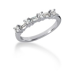 14k White Gold Seven Diamond Wedding Ring Band with Round and Baguette Diamonds, size 4