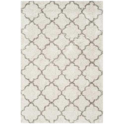 "5'1"" x 7'6"" Shag Extra Plush Geometric Indoor Ivory/Gray Area Rug"