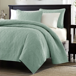Full / Queen Seafoam Blue Green Quilted Coverlet Quilt Set with 2 Shams