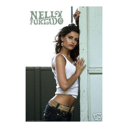 Nelly Furtado Pin up