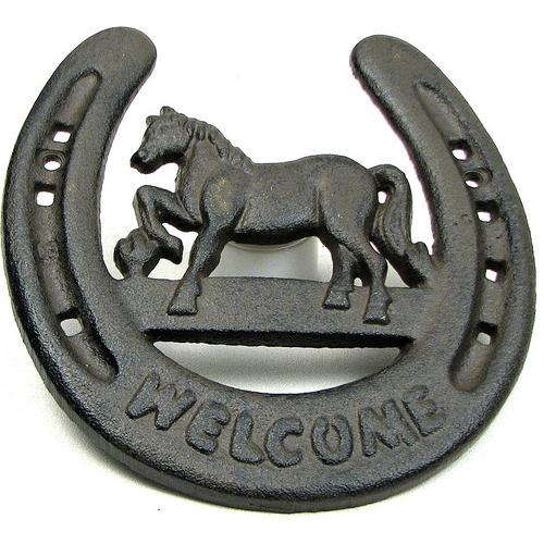 Horseshoe Welcome Wall Plaque