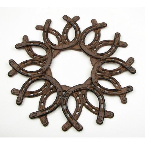 Cast Iron Horseshoe Wreath
