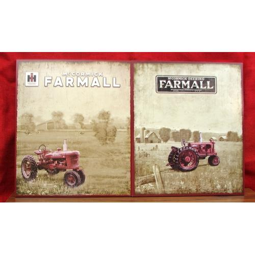 Farmall Wooden Vintage Look Signs Set/2