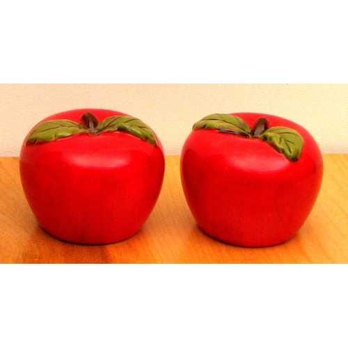 Ceramic Apple S & P Set