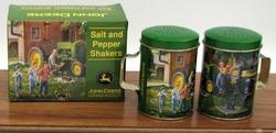 John Deere Salt & Pepper Set