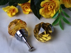 SMALL Amber Solid Crystal Glass DrawerDoor Pull