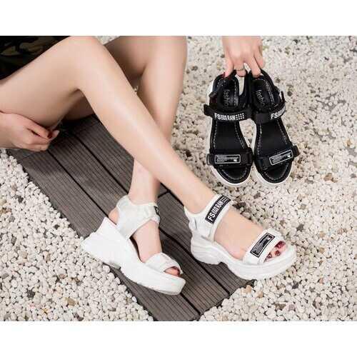Sandals Women's Platform New Fairy Wind Wild High Season Women's Shoes Ins Tide Net Red Super