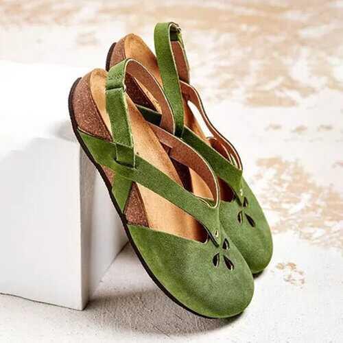 Retro Closed Toe Flat Sandals