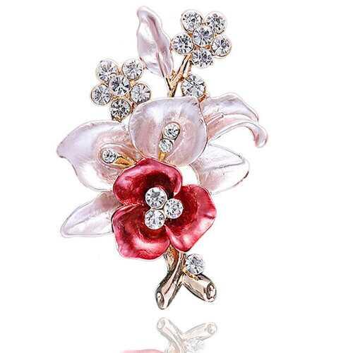 Diamond Mount Flower Brooch