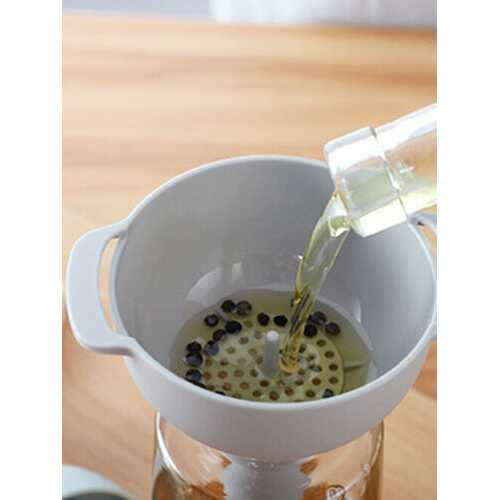 1PC 4 In 1 Kitchen Funnel Kit Oil Funnel Strainer Oil Water Spices Wine Flask Filter Funnel Plastic Kitchen Accessories