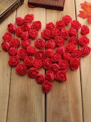 50pcs 2.5cm Artificial Roses Flower
