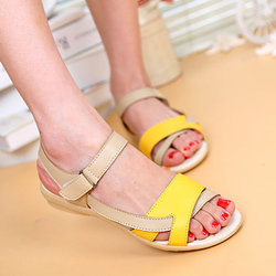 Hook Loop Strappy Flat Sandals