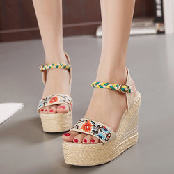 Flower Embroidery Leather National Wind Weave Buckle Peep Toe Platform Sandals