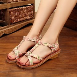 Flower Breathable Buckle Sandals