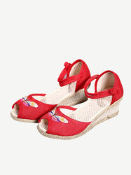 Folkways Wedges Buckle Sandals
