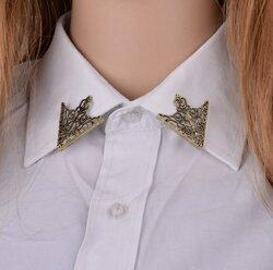 Pattern Triangle Collar Pin