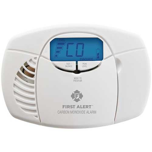 First Alert 1039727 Battery-Powered Carbon Monoxide Alarm with Backlit Digital Display