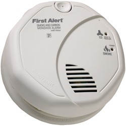 First Alert(R) SCO7CN Battery-Operated Combination Smoke/Carbon Monoxide Alarm with Voice Location