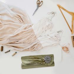 Gold Flower Rhinestone Clutch Bag