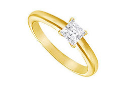 Diamond Solitaire Ring : 14K Yellow Gold – 0.33 CT Diamond